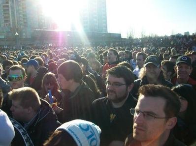 Colbert Report를 보기 위해 운집한 수천명의 사람들