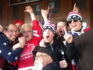 USA 라 외치는 미국 응원단에 맞서 GO CANADA를 외치는 밴쿠버 시민들