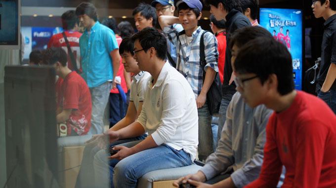 게임에 참여하는 사람들