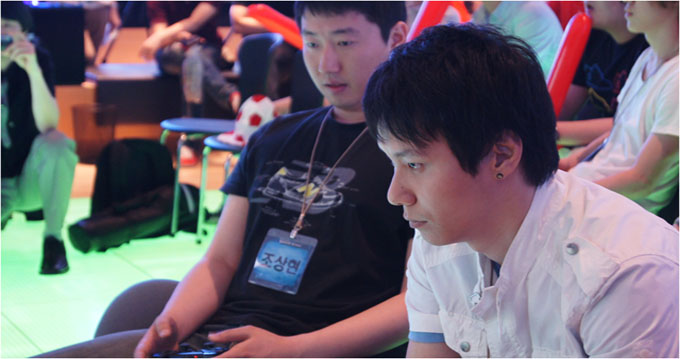 게임에 집중하는 선수들