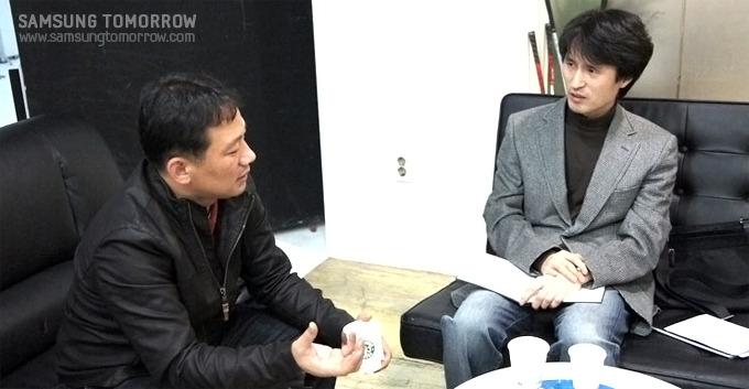 무빙아트 작가 이이남 (좌)