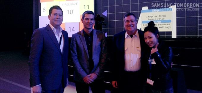 Samsung Mobile Unpacked 리허설현장에서 프리젠터들과 스토리텔러