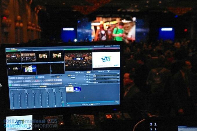CES 2012 영상스태프의 장비 모니터 화면