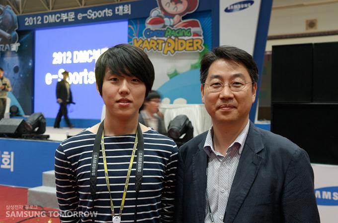 2012 DMC 부문 e-sports 대회 운영팀의 김도기 과장