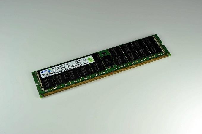 삼성전자 30나노급 DDR4 D램