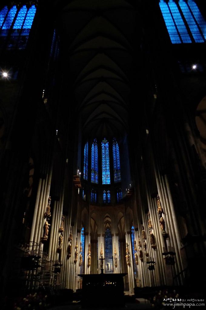 스마트야간모드로 촬영한 독일의 성당내부