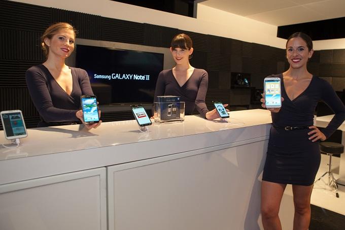 갤럭시 노트 2와 모델들
