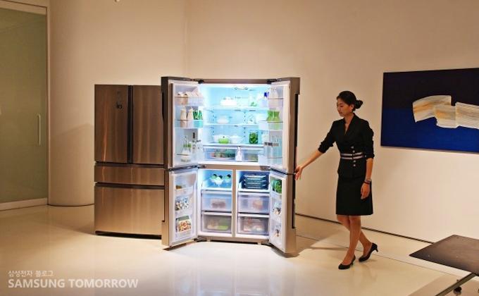 전시된 지펠 냉장고