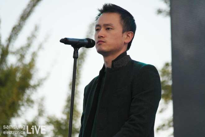 노래하는 직원