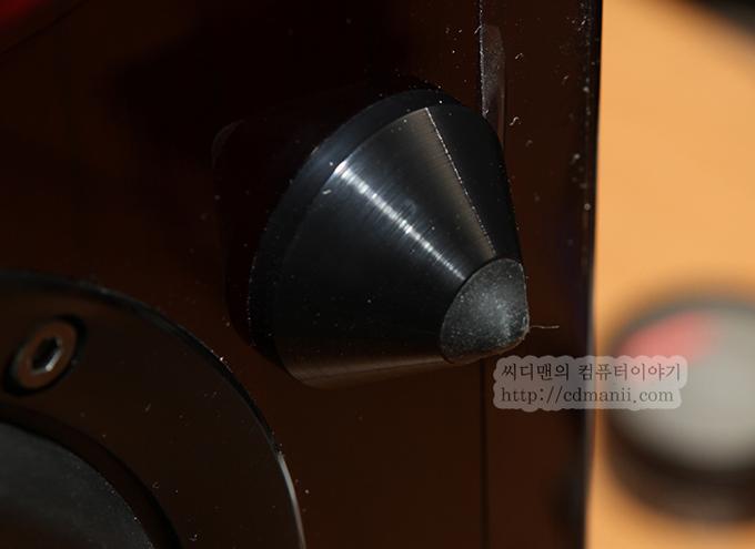 삼성 오디오독 DA-E750 다리부분