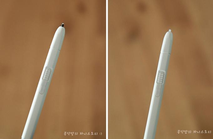 왼쪽 고무 펜촉, 오른쪽 플라스틱 펜촉