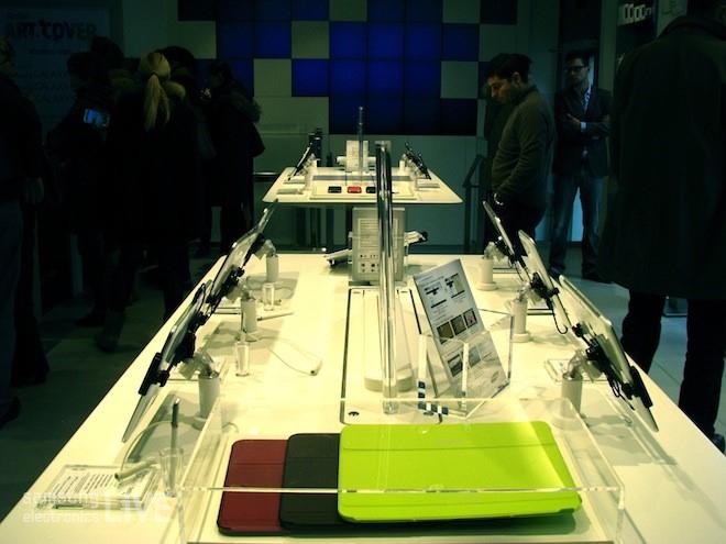삼성 모바일 스토어 제품 체험관