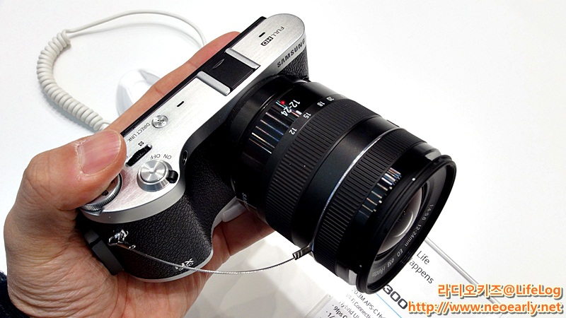 NX300 카메라