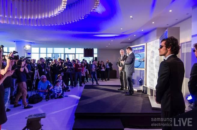 루마니아  GALAXY S4의 런칭 행사