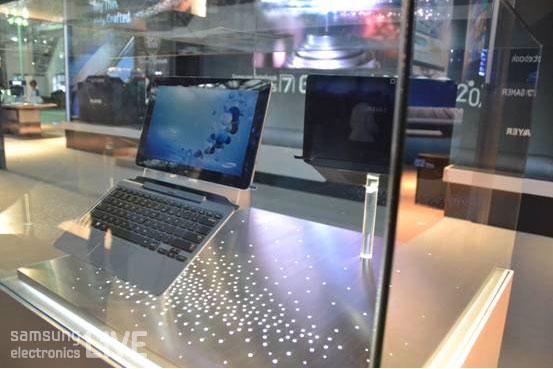 진열된 삼성노트북