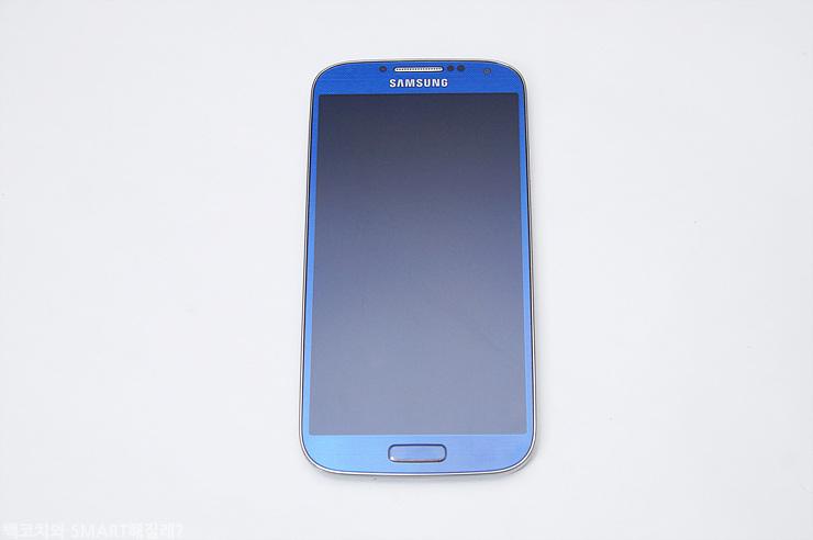 갤럭시 S4 LTE-A의 전면 이미지입니다.