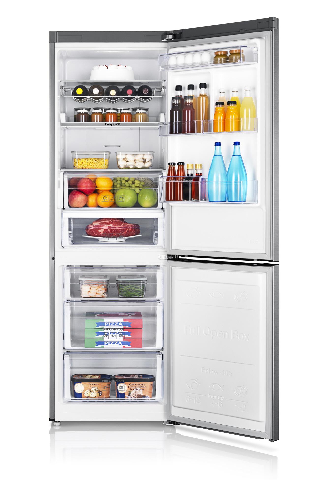 삼성 일반형 냉장고의 내부 모습입니다.