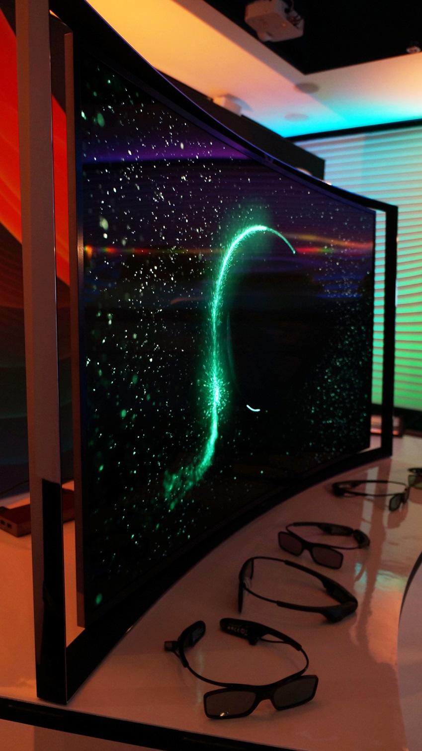 삼성 OLED TV 이미지입니다.