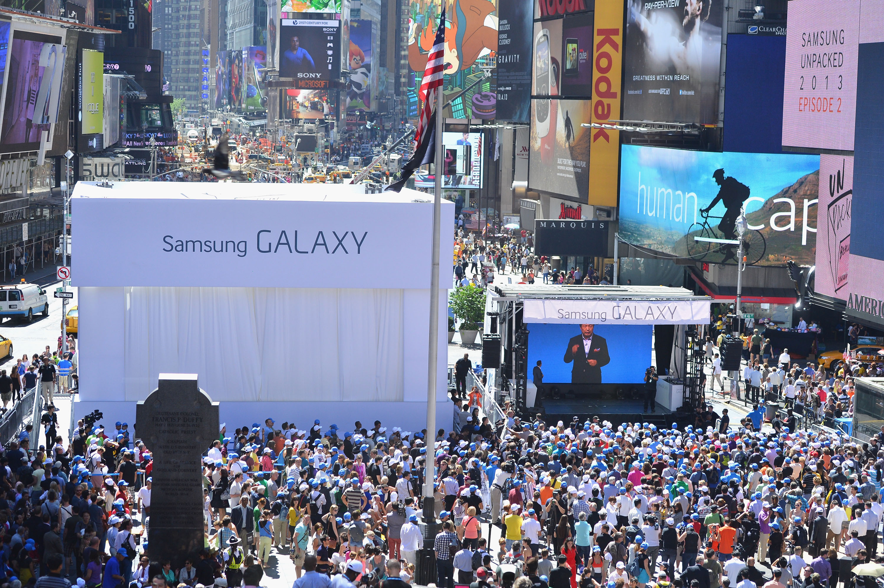 Samsung Galaxy Note III and Galaxy Gear Unpacked Event In NYC