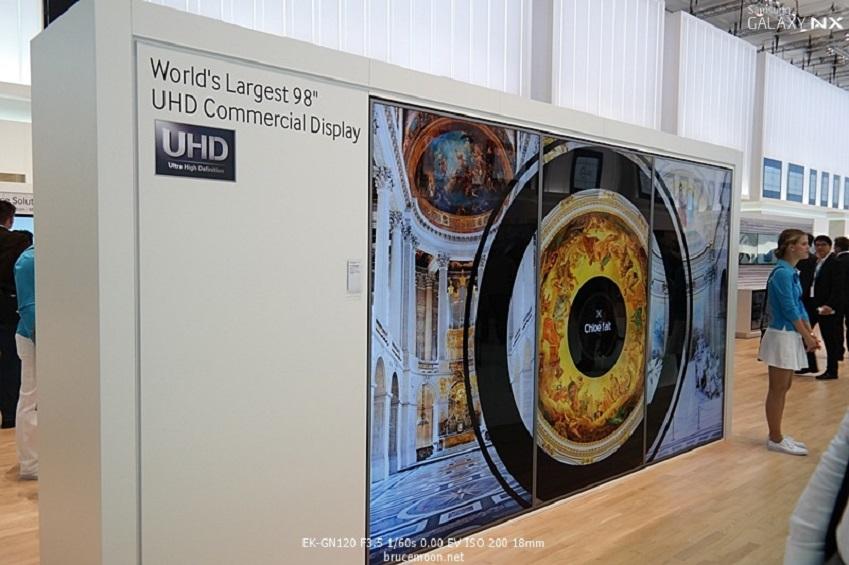 IFA2013에 전시된 삼성전자 디지털 사이니지입니다.