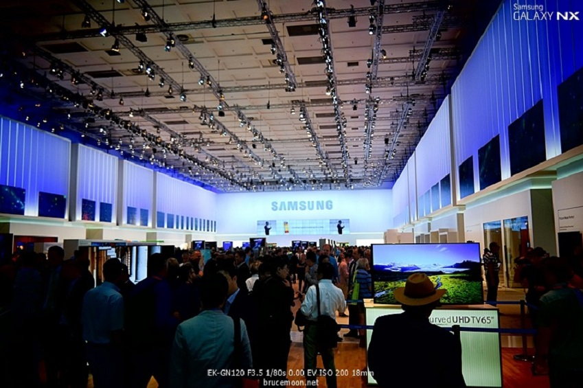 IFA2013의 삼성전자 부스 모습입니다.