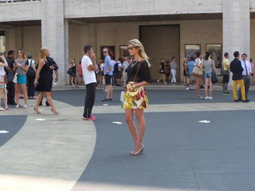 뉴욕패션위크에 있는 패셔너블한 뉴욕커입니다.