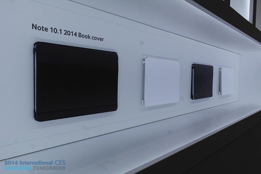 삼성 갤럭시 노트 10.1 2014 북커버 이미지입니다.