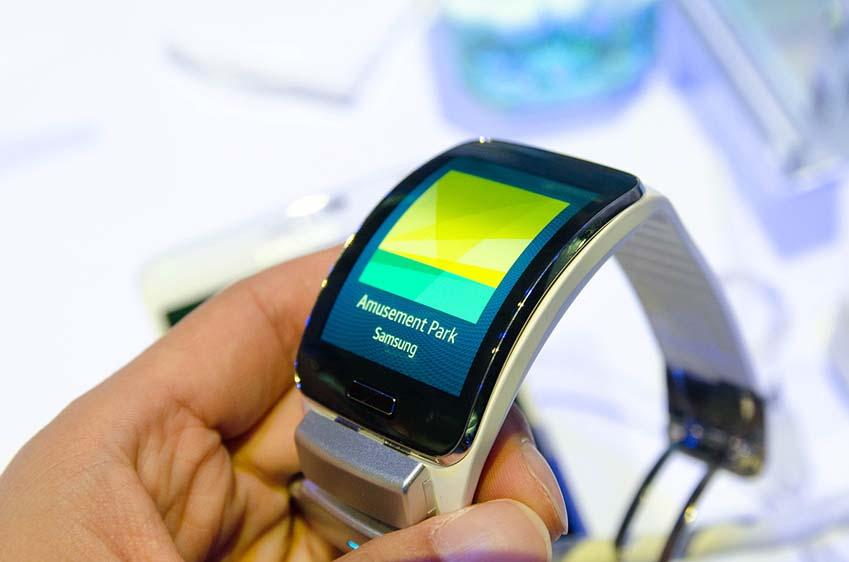 삼성 기어S 화면