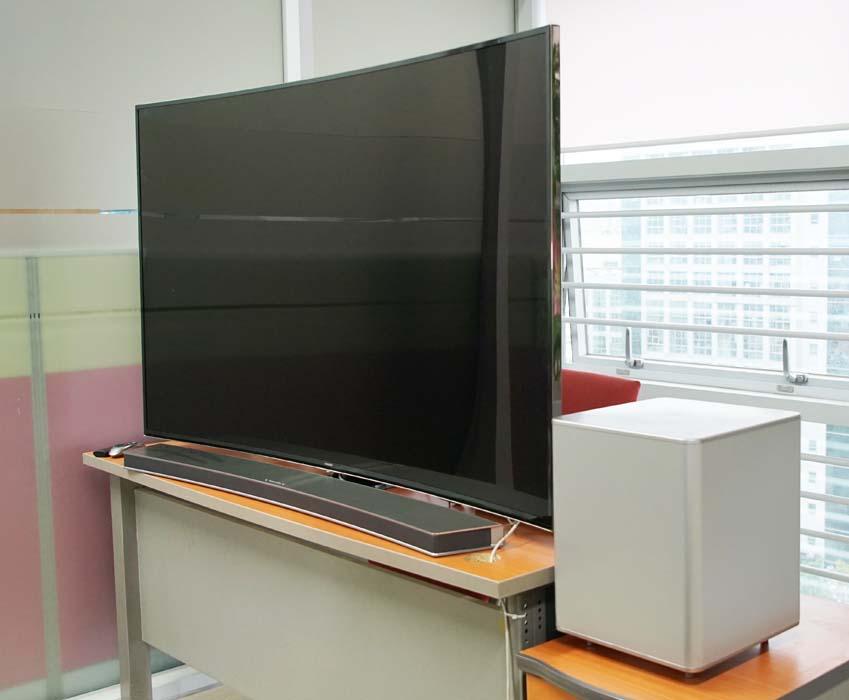 삼성커브드TV와 삼성커브드사운드바