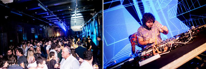 론칭 행사장에서 디제잉을 선보이는 DJ의 모습입니다.