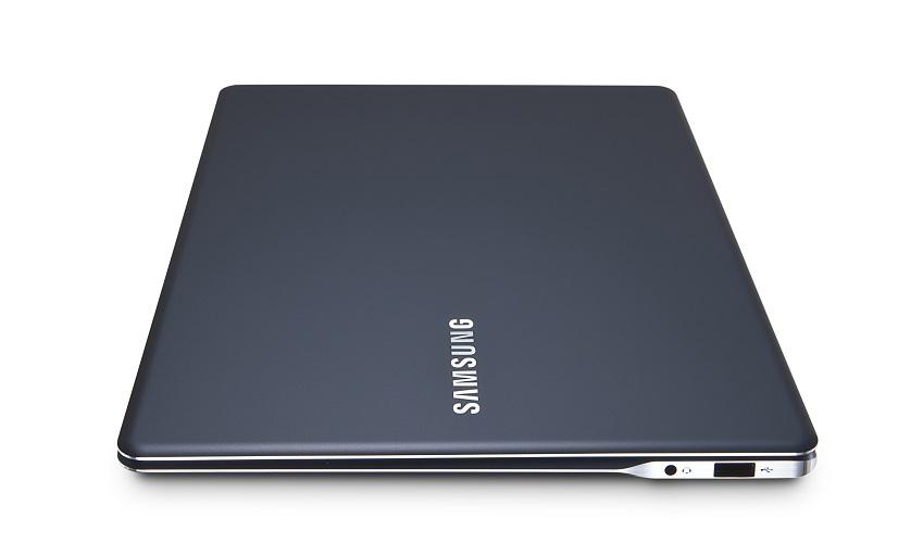 삼성 노트북 9 2015 에디션 제품사진입니다.