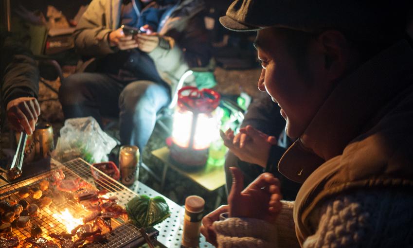 교외에서 즐기는 저녁은 더욱 더 맛있게 느껴집니다.