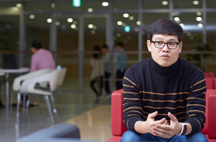 """""""맘 먹은 봉사활동을 모두 하려면 하루 24시간도 모자라다""""는 김용운 책임"""