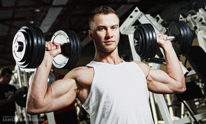 힘을 줄땐 내쉬고 힘을 뺄땐 들이쉬는 방법으로 운동을 하면 효과적입니다.