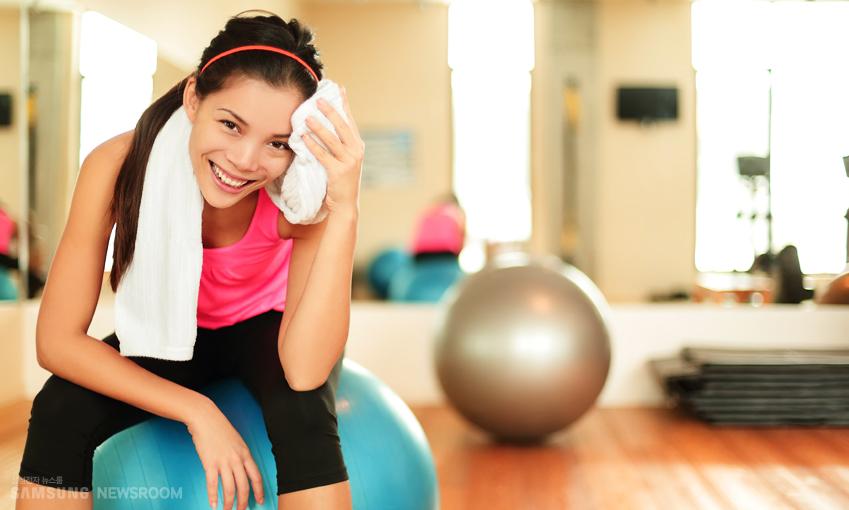근육통을 피하려면 가볍게 뛰며 정리해주는 습관이 필요합니다.