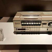 어느덧 아련해진 VCR·DVD 플레이어의 추억을 되새기며
