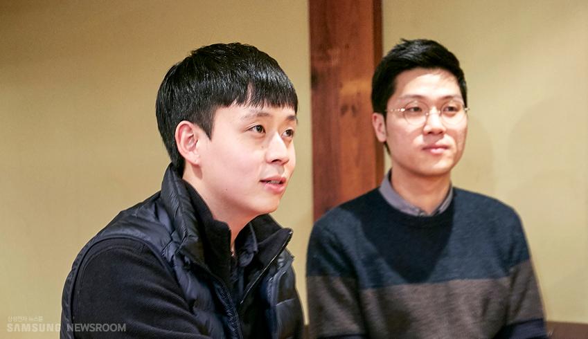 삼성전자 대학생기자단 1∙2기로 활동했던 서우진,김동찬씨의 인터뷰 사진