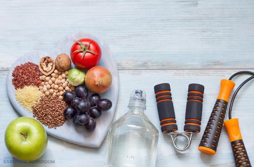 견과류,과일,악력기,줄넘기 사진