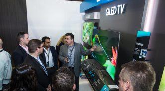 삼성 QLED TV, '全美 세일즈 미팅'에서 찬사 받다