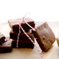 고백하기 좋은 날, '홈메이드 초콜릿 브라우니' 어때요?