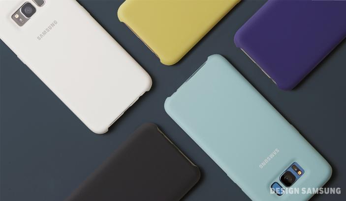 유연하고 자유로운 액세서리 디자인은 갤럭시 S8을 '공간과 상황에 따라 달라지는 일상의 오브제'로 만들어줍니다.