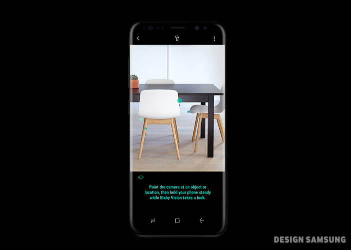 빅스비는 사용자가 보는 이미지를 인식하고 관련 정보를 제공합니다. 사용자가 카메라를 켜거나 갤러리에서 이미지를 볼 때 빅스비 비전(Vision) 아이콘을 누르면 화면 속 제품∙장소 등을 검색해 정보를 제공해주는 건 물론, 텍스트를 인지하거나 번역하기도 합니다
