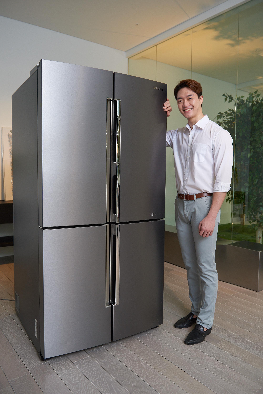 2017년형 '셰프컬렉션' 냉장고 (모델컷)