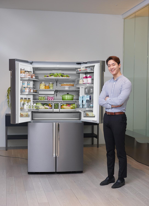2017년형 '셰프컬렉션' 냉장고(모델컷)