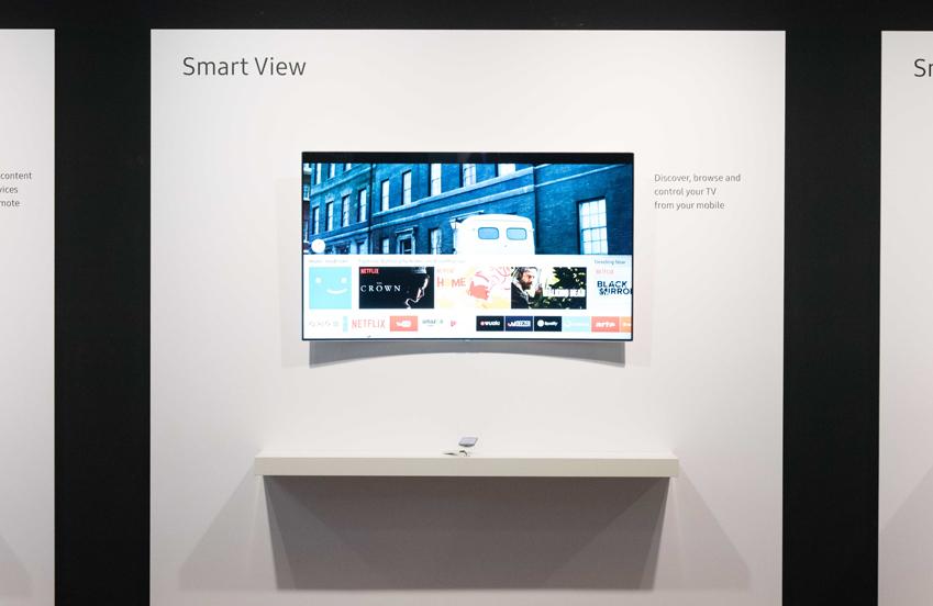 TV와 스마트 기기 간 연결을 지원하는 '스마트뷰' 기능도 업그레이드된 모습