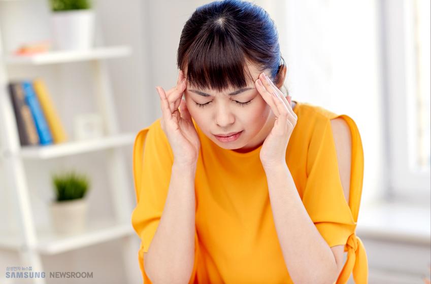 만성 편두통은 한 달에 15일 이상 두통이 있으면서 다른 원인이 없고 편두통의 특징이 8일 이상, 또는 두통의 50% 이상에서 나타나는 경우를 말한다