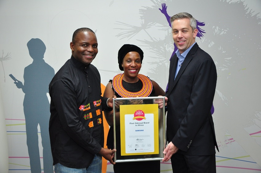 삼성전자는 아프리카 상위 100개 브랜드의 가치 평가를 위해 매년 진행되는 설문인 '2016/17년 브랜드 아프리카 100 : 아프리카 최고 브랜드'에서 1위로 선정됐습니다