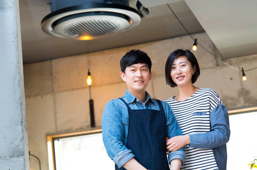360 카세트의 매력에 빠진 김영호·김주연 부부는 그 쓰임새와 개선점에 대해 의견을 전하기도 했다