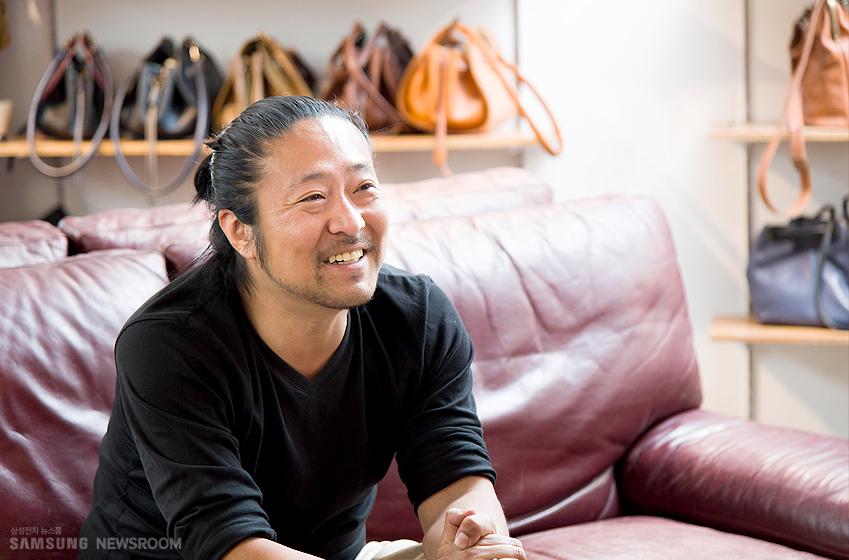 이번 인터뷰에 응해주신 유르트 스튜디오의 김영민 실장님