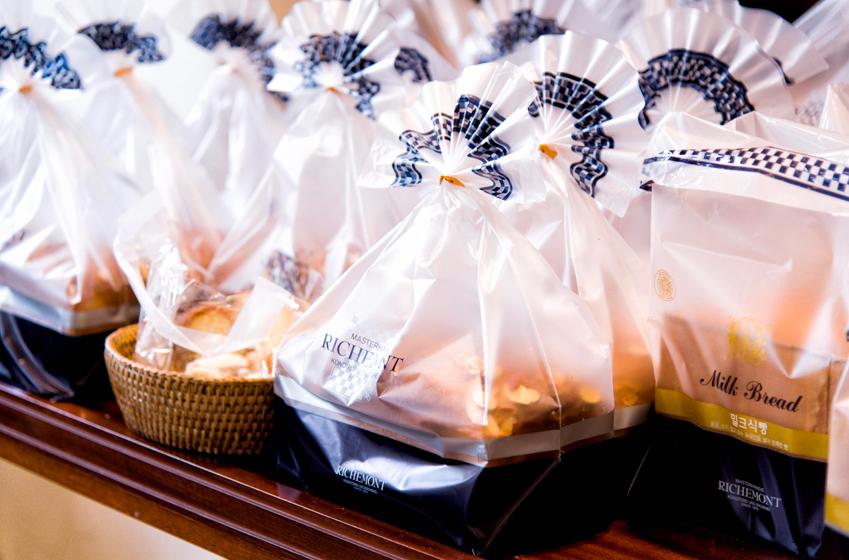 권형준 셰프가 개발한 밤 식빵